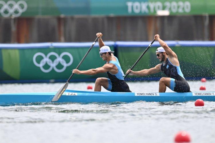 Казахстанские байдарочники братья Емельяновы прошли в финал Олимпиады