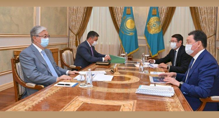 Касым-Жомарт Токаев заслушал отчеты Аскара Мамина и Алмасадама Саткалиева