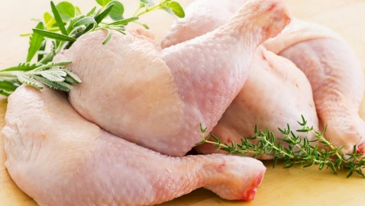 В Алматы ведется работа по организации поставок в торговые объекты мяса кур по фиксированной цене