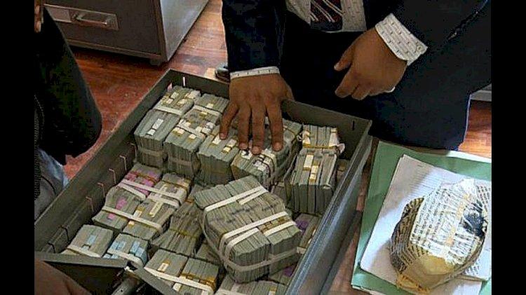 Мужчина месяц не мог поверить, что неожиданно стал долларовым миллионером