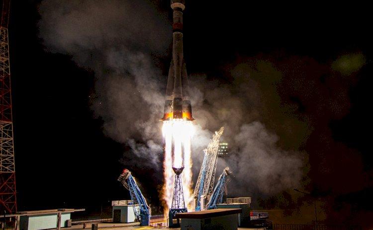 С Байконура запустили ракету с 34 спутниками OneWeb
