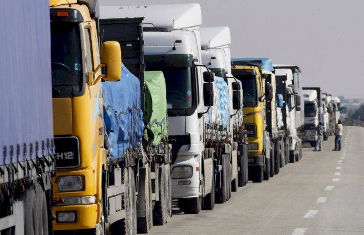 Количество застрявшего на границах Казахстана транспорта уменьшилось