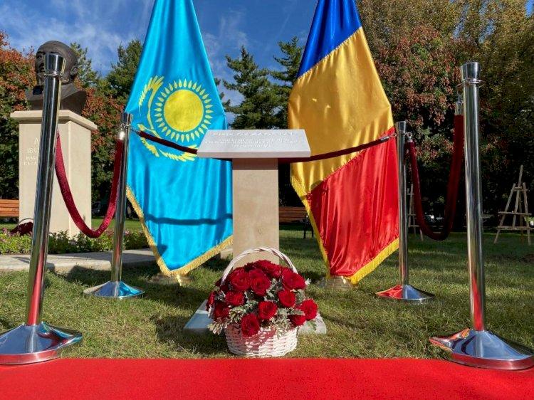 В Бухаресте появился сквер «Казахстан», в Нур-Султане – бюст румынскому поэту