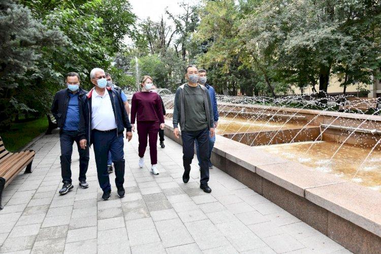 В Алматы восстановлен легендарный фонтан «Неделька»