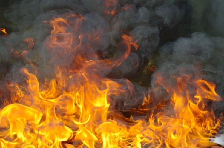 Крупный пожар ликвидировали в Алматы