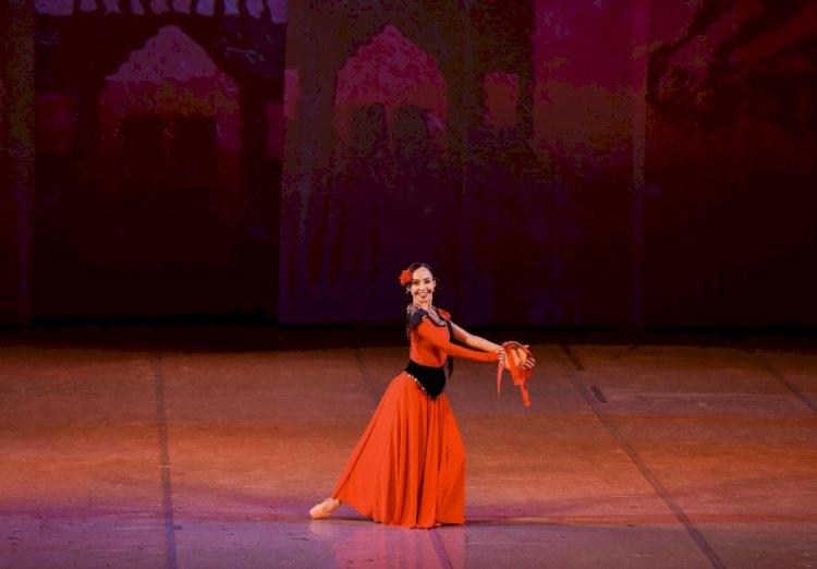 На сцене КазНАТОБ имени Абая состоялась премьера балета «Гудулла – мать Эсмеральды»