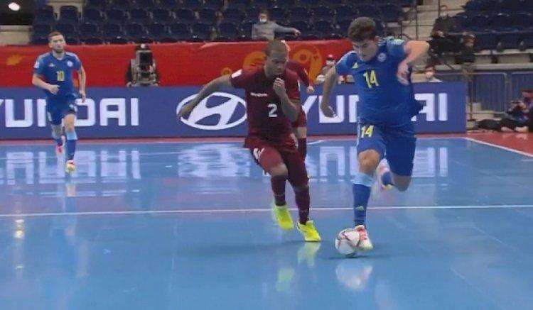 Казахстанская сборная по футзалу вышла в плей-офф ЧМ в Литве