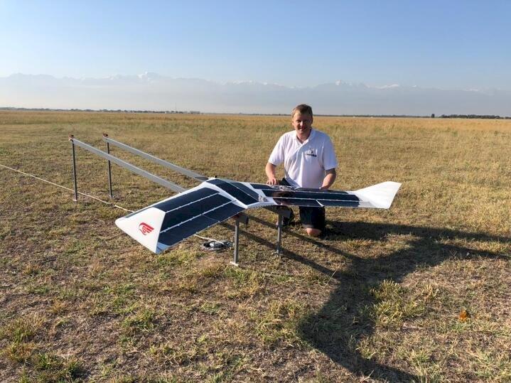 Алматинец создал беспилотный летательный аппарат, работающий без топлива