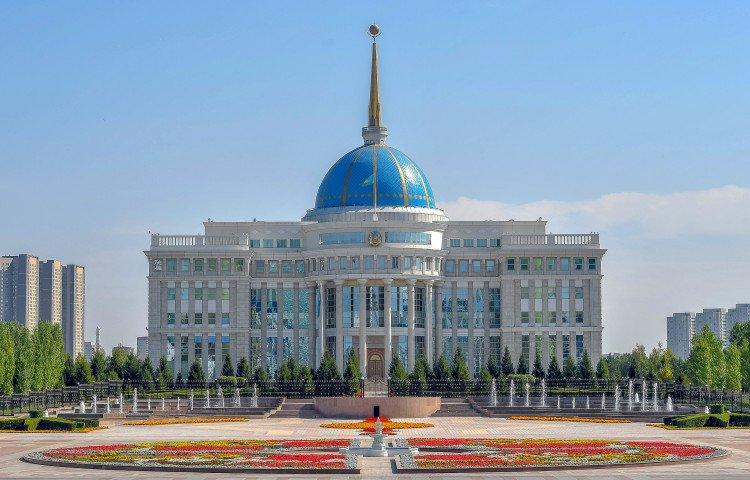 Президент дал ряд поручений главе Агентства по финансовому мониторингу