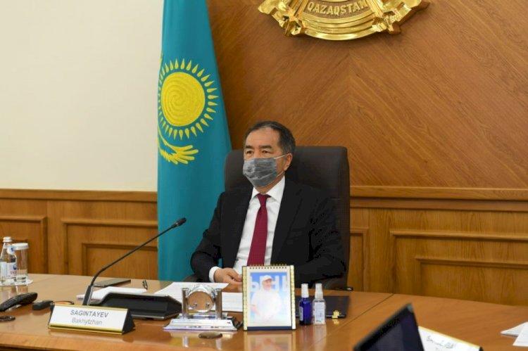 Бакытжан Сагинтаев выразил соболезнования семьям погибших полицейских
