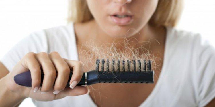 Как остановить выпадение волос после COVID-19