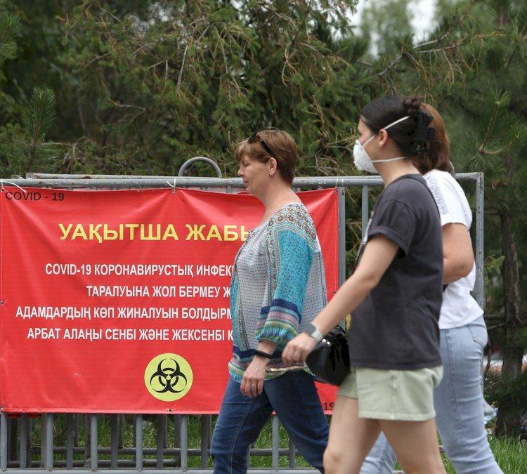 Карантинные ограничения смягчают в Казахстане