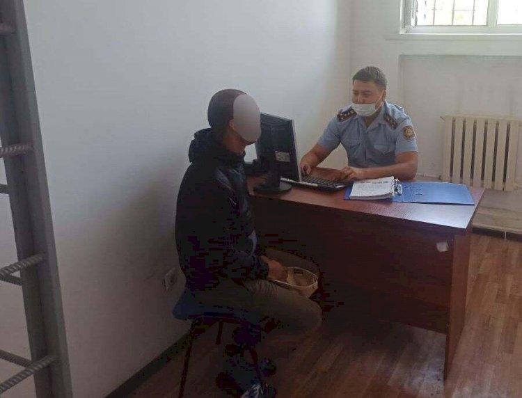 Перепутал с такси:  грабителя, севшего в авто к полицейским, задержали в Каскелене