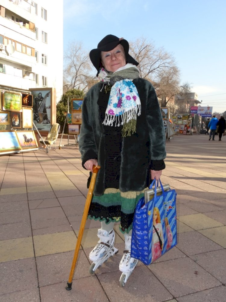 К месячнику пожилых людей состоялась интернет-презентация фильма «Джульетта на пенсии»