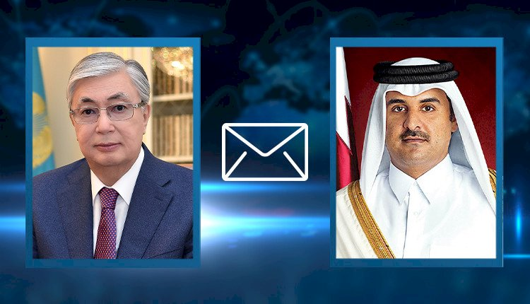 Президент Казахстана поздравил эмира Катара