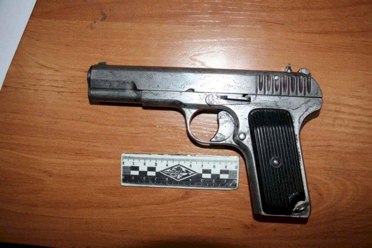 С ружьем и пистолетом: разборка в стиле 90-х произошла в Алматинской области
